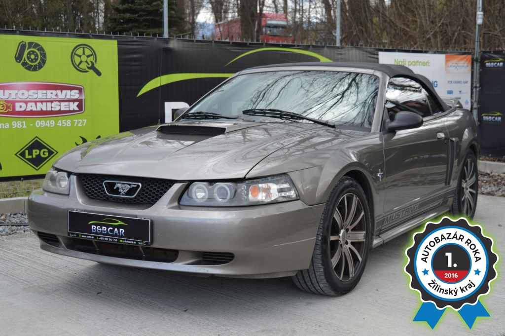 FORD MUSTANG 3.8 coupé cabrio