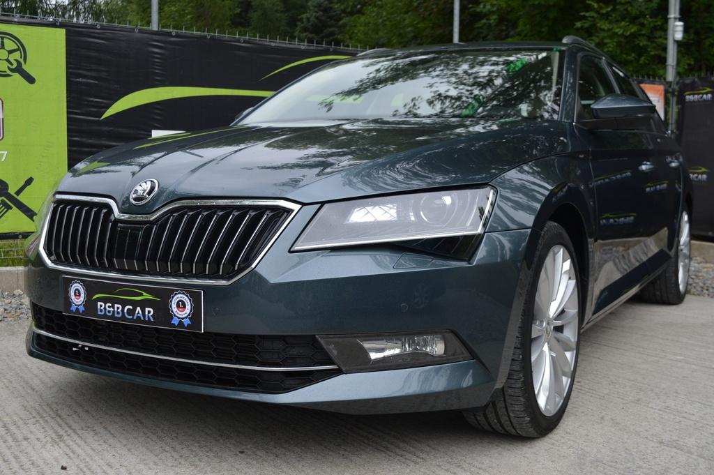 Škoda Superb Combi  2.0 TDI STYLE