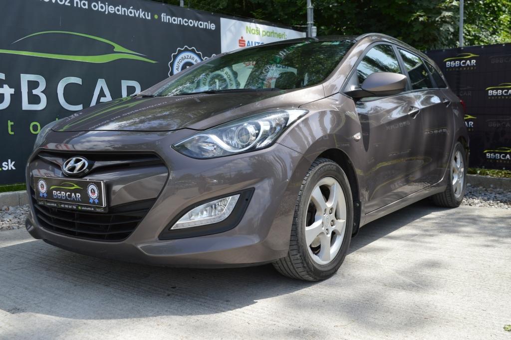 Hyundai i30 CW 1.6 CDRi 81 kW