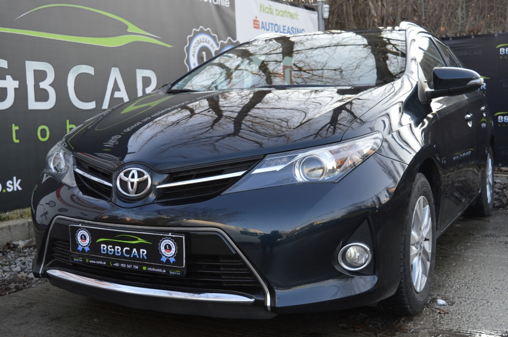 Toyota Auris Touring Sports 1.33 l Dual VVT-i Power