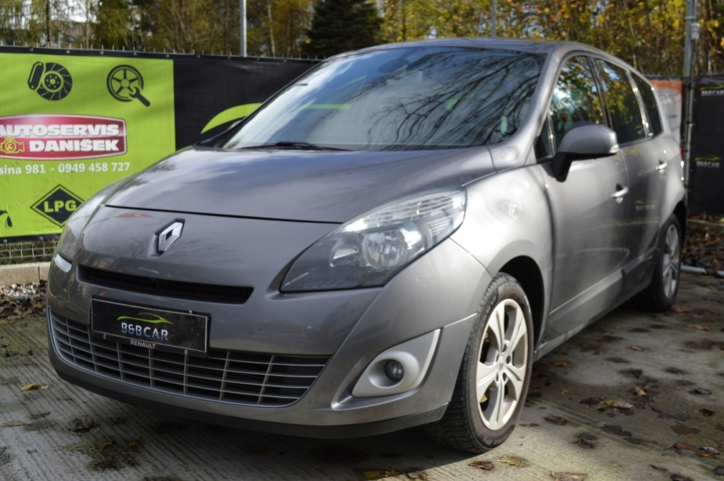Renault Scénic III 1.4 TCe Privilege 96kW