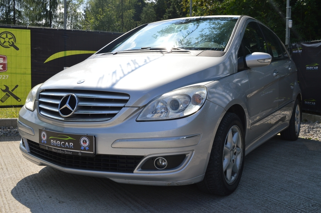 Mercedes B trieda 180 CDI 245