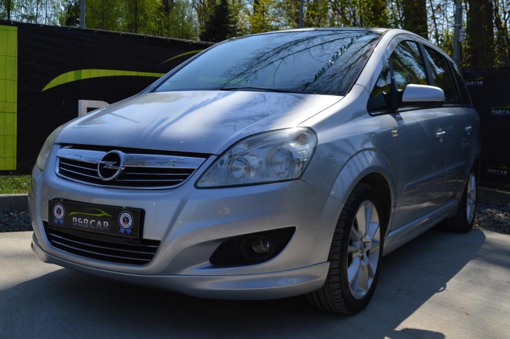 Opel Zafira 1.9 DTH Sport