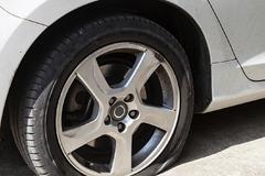 Na Vlčincoch prepichujú pneumatiky