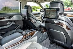 Primátorovo auto navrhuje poslankyňa vymeniť za pojazdnú dielňu