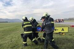 Spoluprácu záchranárov preverila simulovaná letecká nehoda
