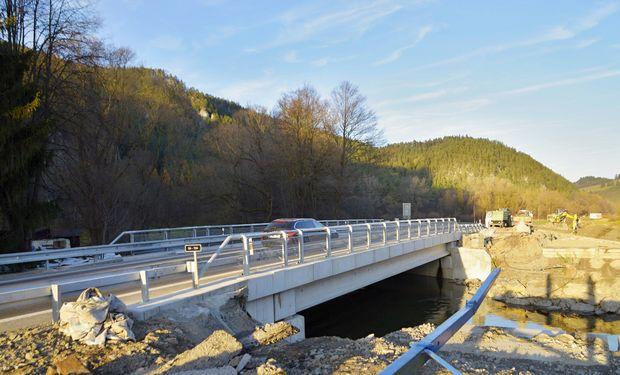 Most pri Slnečných skalách opravili: dlhé kolóny razom zmizli