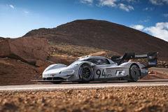 Elektrický špeciál Volkswagen pokoril známu horu Pikes Peak