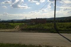 SEVAK staval načierno a na súkromnom pozemku