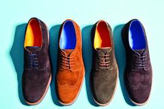 V roku 2021 stavte na farbu! Módna obuv a doplnky pre každého