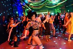 Žilinský Event House pozýva 15. februára na šialený Retro ples