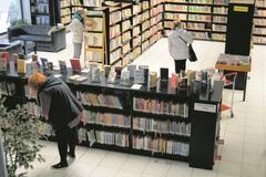 V knižnici pre čitateľov vytvorili oddychové zóny