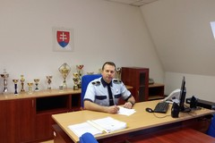 Nový náčelník Peter Mišejka: Práca mestského policajta nie je len opapučiach a pokutách