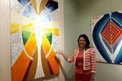Petronella Vlhová predstavuje kolekciu spirituálne ladených obrazov