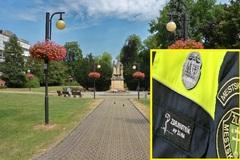 Rušný týždeň v Sade SNP: ukradnutý zvonček, dolapení útočníci aj záchrana života