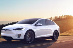 Tesla Model X je najbezpečnejší SUV crossover súčasnosti