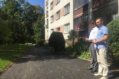 Veľká rekonštrukcia chodníkov spustila vlnu kritiky