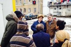 Ombudsmanka: Situácia ľudí v unimobunkách je žalostná
