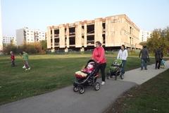 """Je rozumné vybudovať vedľa """"strašidelného hradu"""" park?"""