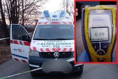 Polícia hľadá vodičov, ktorí sa stali svedkami včerajšej policajnej naháňačky unikajúcej sanitky