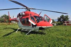 Leteckí záchranári zo Žiliny zasahovali pri vážnej nehode v susednom regióne