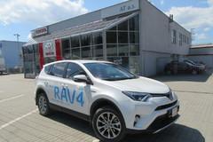 TOYOTA RAV4 Hybrid – facelift v znamení príchodu hybridnej verzie
