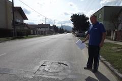Obyvatelia Rosiny žiadajú petíciou upokojenie dopravy