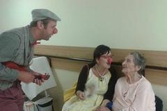 Zdravotní klauni potešili pacientov liečebne dlhodobo chorých