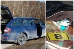 Žilinská polícia našla v kabelke 18-ročnej dievčiny drogy