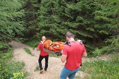 Záchranári ratovali dievčinu pri Štefanovej: Nevoľnosti neboli všetko, FOTO
