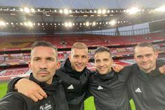 Slovenský štvorlístok rozhodoval  londýnskemu Arsenalu: Bol pri tom aj Žilinčan Michal Očenáš