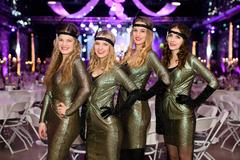 Štvrtý ročník Swing plesu vEvent House Žilina so zvodnými burlesque tanečnicami aBarborou Švidraňovou