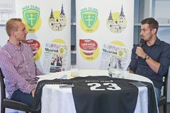 Martin Dúbravka: Vtedy to bola veľká česť, ako jeden zmála dorastencov som hrával za Áčko