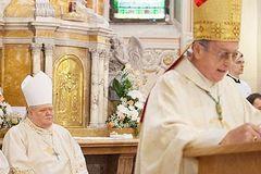Odstupuje Sv. Otec, ktorý nám dal diecézu!