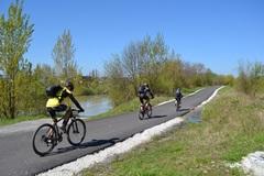 Žilinská župa sa chystá pokračovať v budovaní úsekov Vážskej cyklotrasy