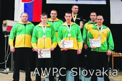 14 žilinských medailí v silovom trojboji