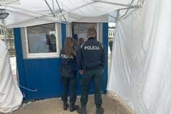 Pozitívni si chceli overiť výsledok, riešila ich polícia