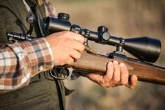 Zbavte sa beztrestne nepovolenej zbrane