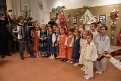 V Žiline otvorili jedinečnú vianočnú výstavu, ktorá prezentuje tvorbu ľudových remeselníkov, FOTO