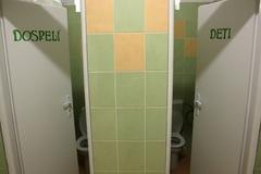 Nové toalety v detskej poliklinike