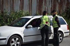 Alkohol na cestách opäť úradoval: Nafúkali desiatky vodičov, niektorí aj búrali