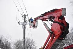 Energetici vyhlásili tento mesiac už tretiu kalamitu, bez elektriny je aktuálne 23-tisíc domácnosti