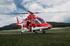 Na Kysuciach sa vážne zranil lesný robotník, zasahoval aj vrtuľník