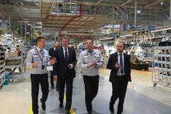 Automobilku Kia chceme podporiť, konštatuje na pôde výrobného závodu minister Peter Žiga