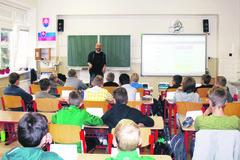 Angličtina trocha inak: lektor z Británie a výučba s digitálnym učivom