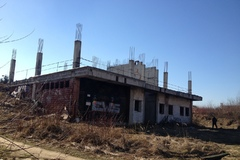 Mesto pre bezpečnosť ľudí energoblok oplotí