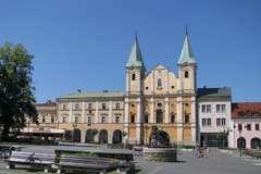 Sirotársky kostol pokračuje s rekonštrukciou