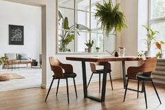 Ako vybrať moderný jedálenský stôl, ktorý dokáže zaujať?