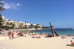 Ibiza – ostrov nádherných pláží a nekončiacej zábavy