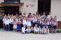 Kunerad rozdeľuje odvolanie riaditeľky: Rodičia sa boja zániku školy, starostka krotí obavy